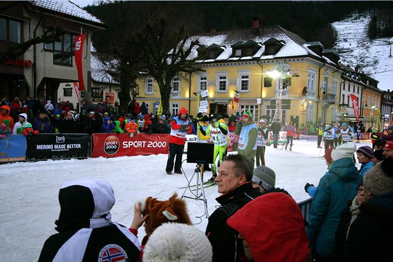 Ü-Wagen beim Wintersport