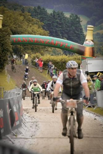 Ü-Wagen beim Black Forest Ultra Bike 01